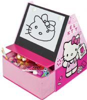 Worlds Apart Hobby : Hello Kitty Reol m. tavle - Hello Kitty Børnemøbler 651476