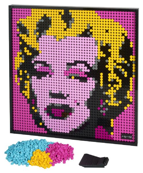 Image of Andy Warhols Marilyn Monroe (22-031197)